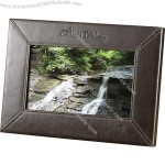"7"" Leather 1GB Digital Photo Frame"