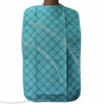 Adult Bib - 100% poly plaid printing needle-punched facing and vinyl backing
