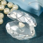 Crystal Clamshell Favors