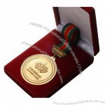 Exquisite Medal With Box