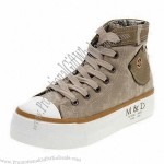 Fashionable and Comfortable Canvas Shoes with Canvas Upper and Rubber Outsole