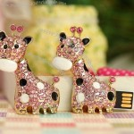 Giraffe Shaped Rhinestone Jewelry USB Flash Drive