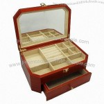 Multiple Drawers Wooden Storage Case, Maple Wood Made, High-quality Lacquering