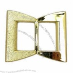 Plated Plastic Buckle in Gold, 8.6cm Wide