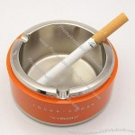 Round Fashion Metal Ashtray
