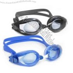 Simple silicone and plastic swimming goggles