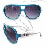 Sunglasses in Various Patterns, Available in Classic Wayfarer Design with Earpieces