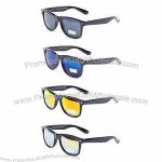Sunglasses in Wayfarer Styles with Mirror Lens