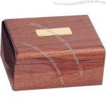 Walnut keepsake box with high gloss piano finish. It can hold 6 golf balls