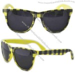 Wayfarer - Gingham sunglasses with metal hinges and high quality plastic