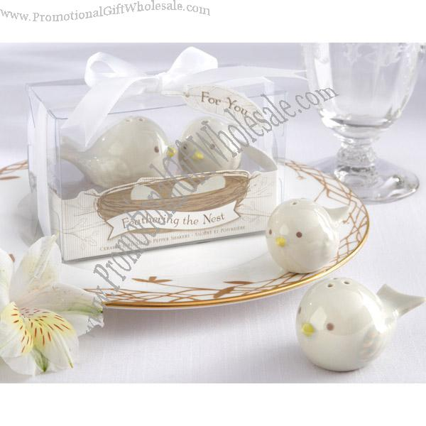 Buy Wedding Favors Gifts Pied Magpie Ceramic Salt And Pepper Shaker Online Wholesale Price