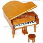 Wooden Piano with One Seat 12.5 x 14.5 x 9.2cm